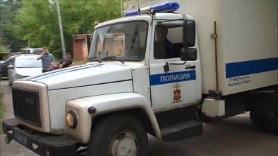 """Новости на """"России 24"""". Полицейские задержали двоих арестантов, бежавших из изолятора в Истре"""