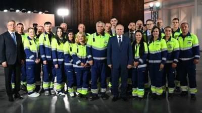 """На встречу с Путиным в Башкирии привезли подсадных """"рабочих"""""""
