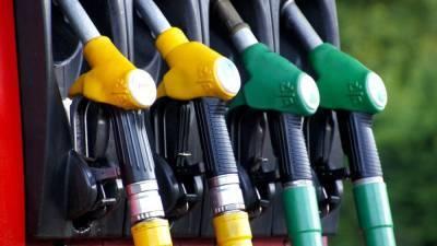 Биржевая цена на бензин превысила рекордные 58 тысяч рублей за тонну
