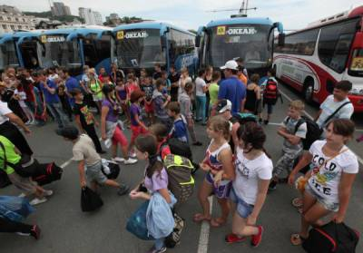В Краснодарском крае эвакуировали детей из четырёх лагерей