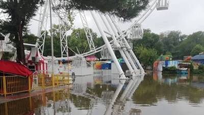 Жертвы наводнения в Анапе молят о помощи: «Мы плаваем, никому не нужны»