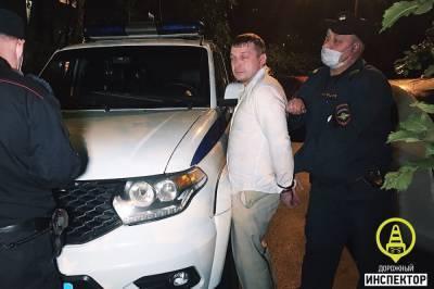 В Выборгском районе Петербурга задержали нетрезвого водителя с наркотиками