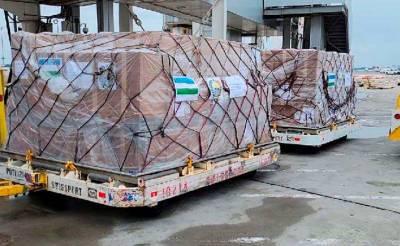 Всемирный конгресс бухарских евреев отправил в Узбекистан партию медицинских масок для борьбы с новыми волнами коронавируса