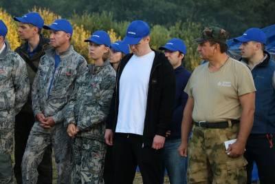 В Смоленской области во время Вахты Памяти нашил военный самолет