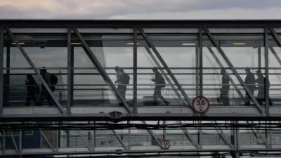 В Волгограде после экстренной посадки самолёта из-за дебошира возбудили дело