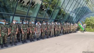 Из Турции в Азербайджан вернулась первая группа из 165 пожарных – МЧС