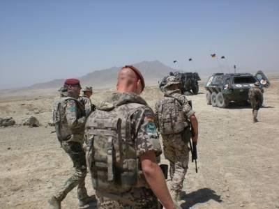 Reuters: Меркель заявила о необходимости эвакуировать из Афганистана 10 тысяч человек
