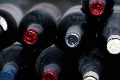 Большинство россиян поддерживает запрет продажи крепкого алкоголя до 21 года