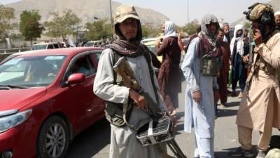 Байден хлопнул папкой и ушел, а ЕС готовится к наплыву мигрантов из Афганистана