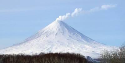 В результате падения со склона вулкана на Камчатке погиб депутат из Железногорска