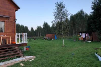 В связи с исчезновением в Смоленской области годовалой девочки завели уголовное дело