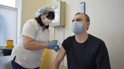 100 тысяч за прививку: кто и как сможет получить деньги после вакцинации от COVID-19