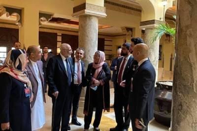 Бывшее правительство Афганистана попросило убежища в Катаре