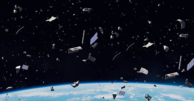 В китайский военный спутник врезался космический мусор, - ученые