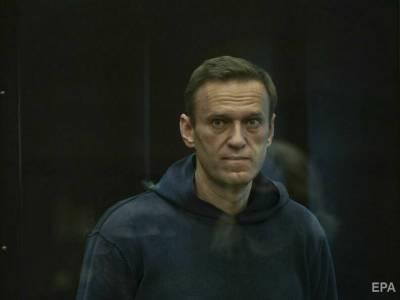 """""""В самолете находился некий гражданин ФРГ"""". В МИД РФ заявили, что Навального могли отравить по пути в Германию"""