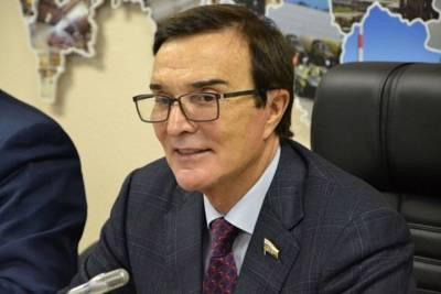 Кузбасский кандидат в Госдуму обжаловал отказ в отмене регистрации конкурента-единоросса, у которого были иностранные акции