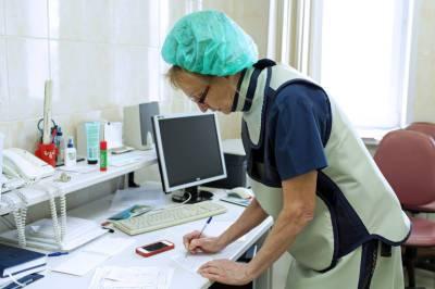 Петербургские больницы готовы за три дня развернуть койки для зараженных коронавирусом в случае необходимости