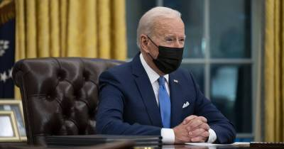 Президент США вместе с супругой сделают третью прививку от коронавируса