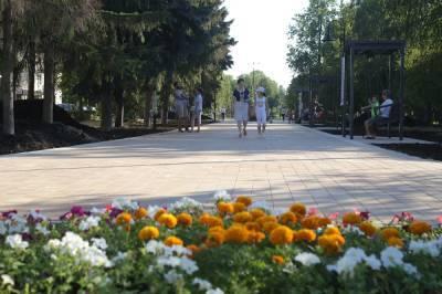 Окончание благоустройства сквера на проспекте 70 лет Октября перенесли на осень