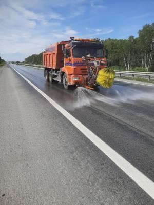 На трассах Челябинской и Курганской областей до вечера запретили движение фур