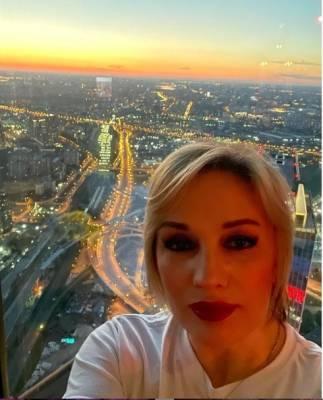 Избирком Петербурга не стал сам восстанавливать Буланову на выборах в Заксобрание