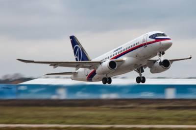 Superjet рейсом Волгоград - Москва подал сигнал бедствия
