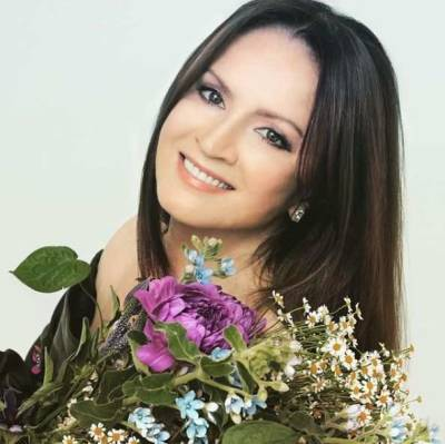 Пластический хирург Тимур Нугаев раскрыл секрет молодости Софии Ротару