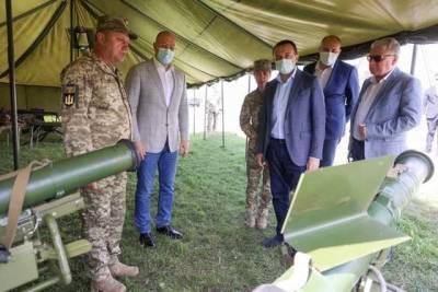 Шмыгаль и премьер Грузии Гарибашвили посетили Яворовский полигон