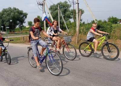 """""""Триколорный"""" велопробег устроили жители одного из сел Липецкой области"""