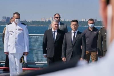 Зеленский: Хотел бы видеть ВМС Украины такими же мощными, какими они были сразу после распада СССР