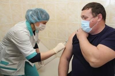 Вакцинированные новосибирцы могут выиграть 100 000 рублей осенью 2021 года