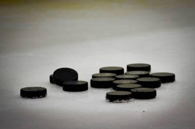 Российские хоккеистки проиграли команде Канады в матче ЧМ