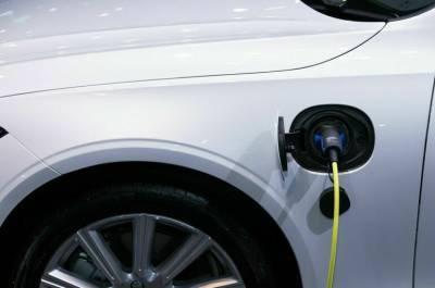 К 2024 году в России хотят выпустить не менее 25 тысяч электромобилей