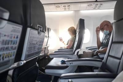 Авиабилеты на полеты по России резко упали в цене