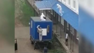 В Башкирии медики поймали пациента, который пытался сбежать из ковид-госпиталя