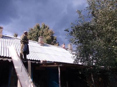 В селе Ворга Смоленской области отремонтировали крышу многоквартирного дома