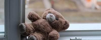 В Набережных Челнах СК возбудил дело после падения годовалого малыша с 11-го этажа