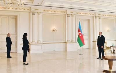 Президент Ильхам Алиев: Мы планируем по возможности в кратчайшие сроки вновь поселить всех бывших вынужденных переселенцев в освобожденных территориях