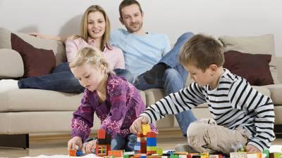 По льготной ставке: правительство продлило программу семейной ипотеки до конца 2023 года