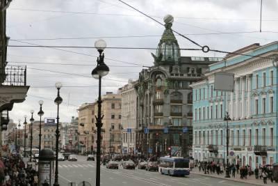 Туризм принес Петербургу 109 млрд рублей в пандемийном году