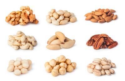 Назван вид ореха, который помогает снизить уровень холестерина