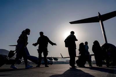 Российские военные самолеты забрали из Кабула россиян и граждан стран ОДКБ