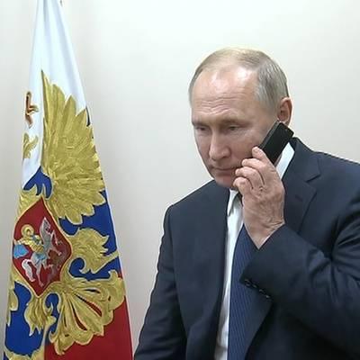 Путин обсудил с премьером Пакистана ситуацию в Афганистане