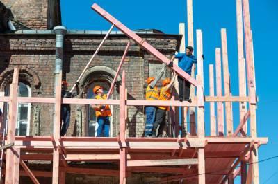 Арендаторы Петербурга могут онлайн согласовать компенсацию за реставрацию зданий