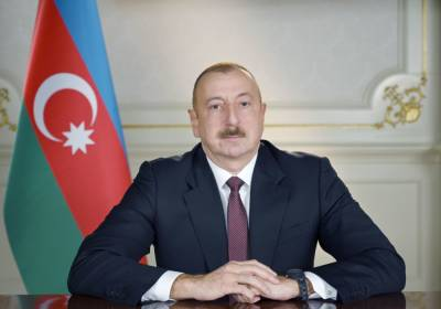 Президент Ильхам Алиев поздравил главу Молдовы