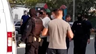 Зачем подозреваемому в убийстве тюменской девочки надели на глаза маску