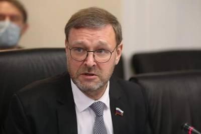 Сенатор призвал навалиться всем миром на афганские власти для достижения диалога