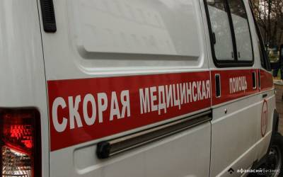 Рабочий из Тверской области сорвался со строительных лесов в Петербурге