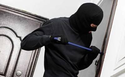 В Киеве из квартиры экс-сотрудника МВД воры забрали больше миллиона