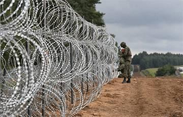 Польша построила первые километры ограждения на границе с Беларусью
